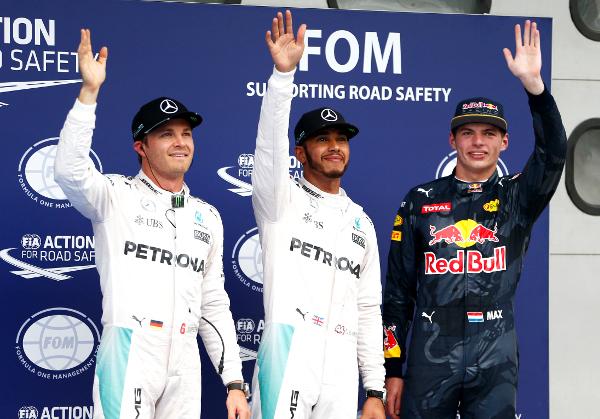 Formel 1 - MERCEDES AMG PETRONAS, Großer Preis von Malaysia 2016. Lewis Hamilton, Nico Rosberg ; Formula One - MERCEDES AMG PETRONAS, Malaysian GP 2016. Lewis Hamilton, Nico Rosberg;