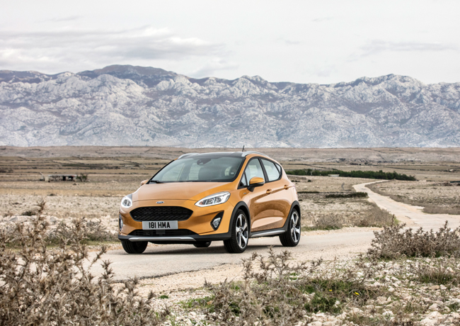 ford_fiesta2016_active_34_front_beauty_03-b