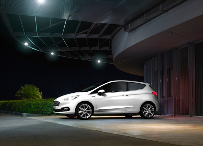 ford_fiesta2016_vignale_profile_beauty_13-b
